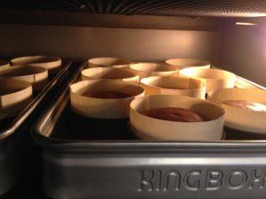 とろけるショコラ/流し込んだ型を湯煎焼きにして、しっと~りとろける食感に焼き上げます。
