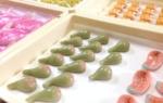 ひな祭り|雛菓子、いちじく、サクラマスの切身、みかん、バナナ、鯛